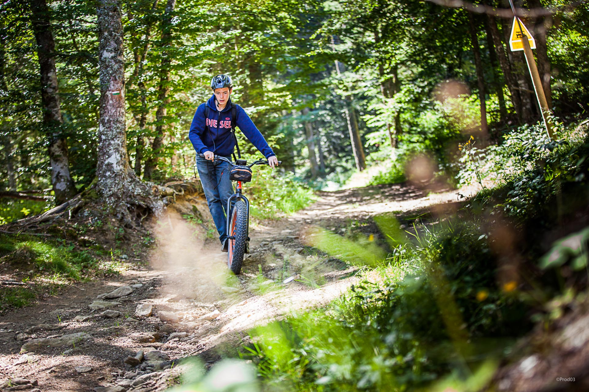 parc-activite-montagne-praboure-trottinette-de-descente-5