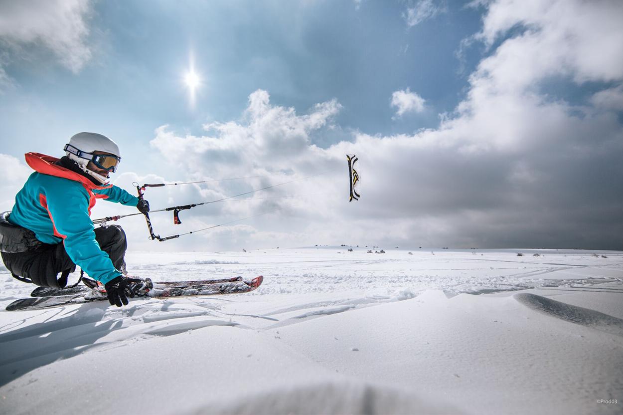 praboure-station-de-ski-hiver-snowkite-1