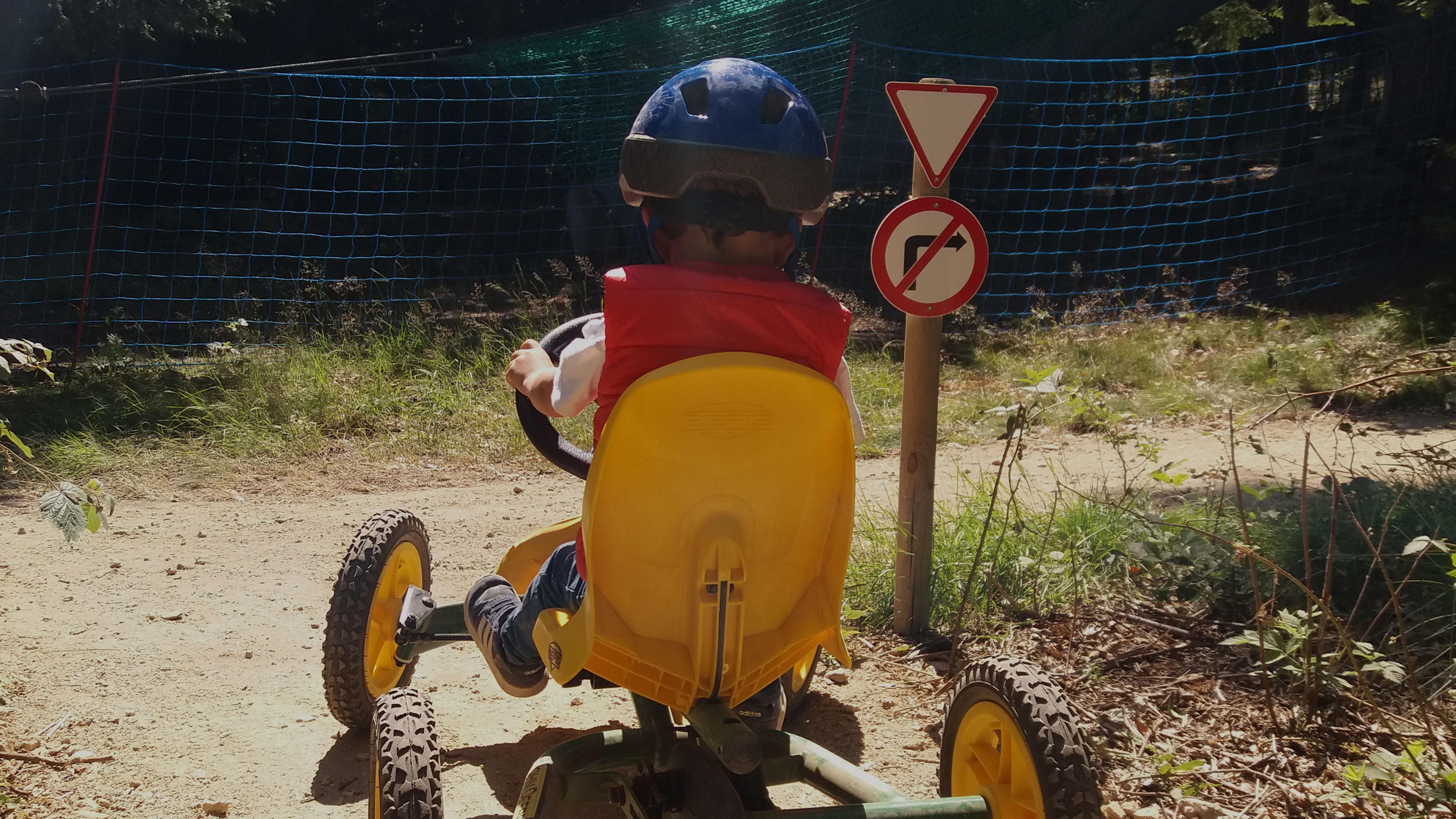 praboure-slider-trott-park